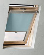 dachfensterrollos von 4decor passend f r viele veluxfenster. Black Bedroom Furniture Sets. Home Design Ideas